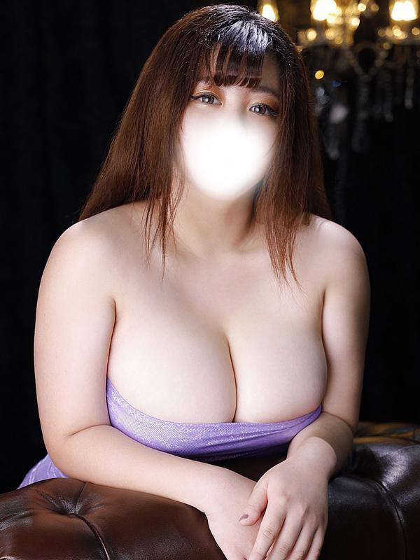 新宿巨乳痴女デリヘル BIG TITS YUINA
