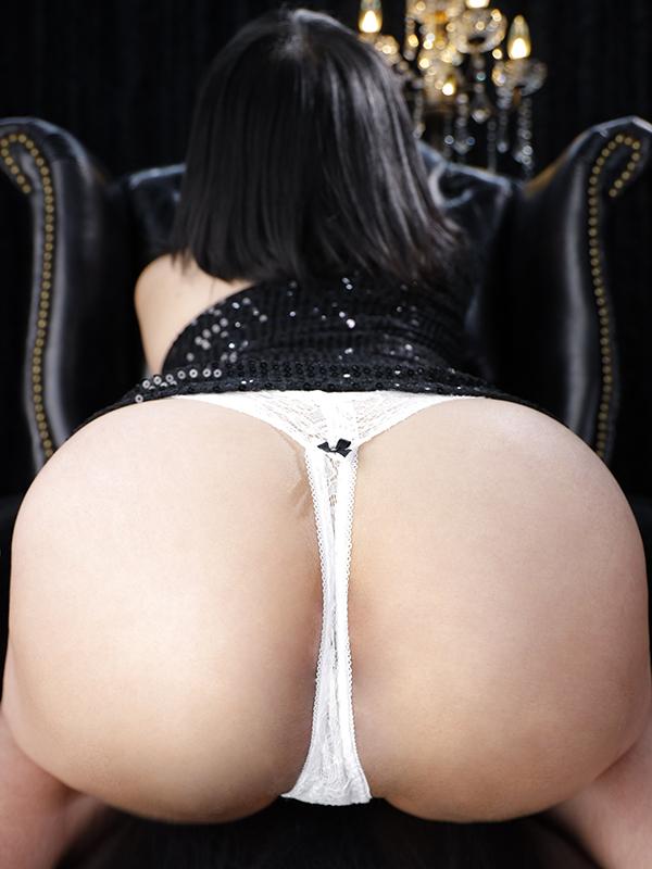 新宿巨乳痴女デリヘル BIG TITS AZUSA