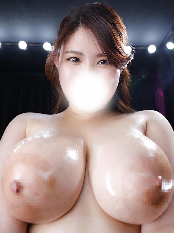 新宿巨乳痴女デリヘル BIG TITS MIHIRO